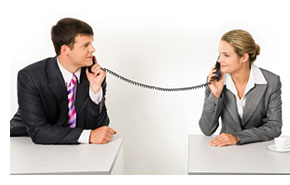 phone-call-two-people